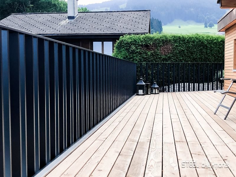 Garde-corps-aluminium-Barreaudal-avec-dalle-sur-plots.jpg