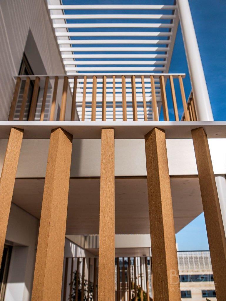Programme-ATHEA-architecte-LAISNE-ROUSSEL-garde-corps-a-barreaux-en-bois-composite-2.jpg